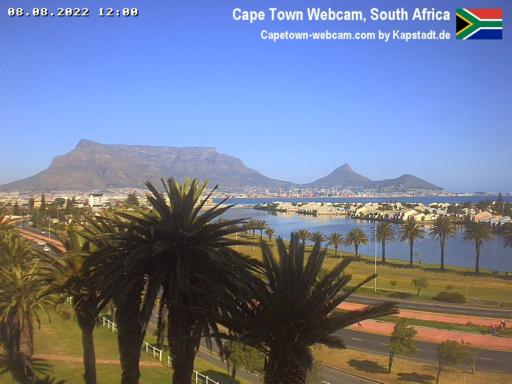 Three Anchor Bay Webcam in Sea Point / Green Point